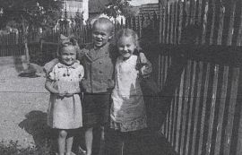 Wigg mit Schwester und Cousine