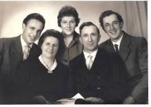 Englbert mit Frau, Bruder und Eltern